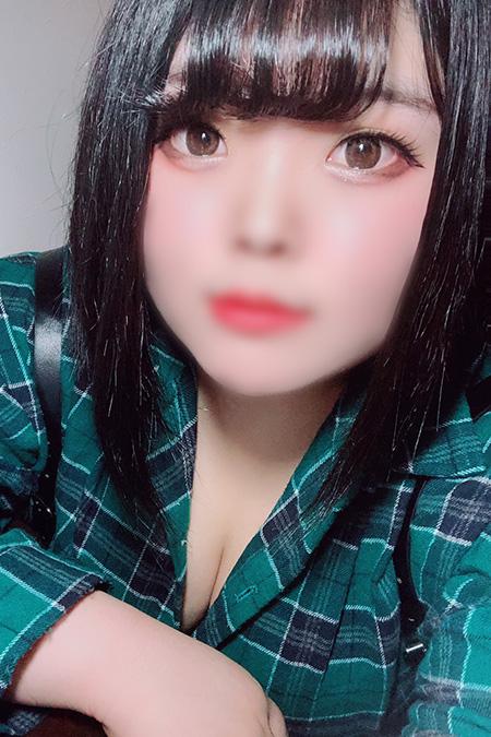 マリの容姿や雰囲気を確認できる画像