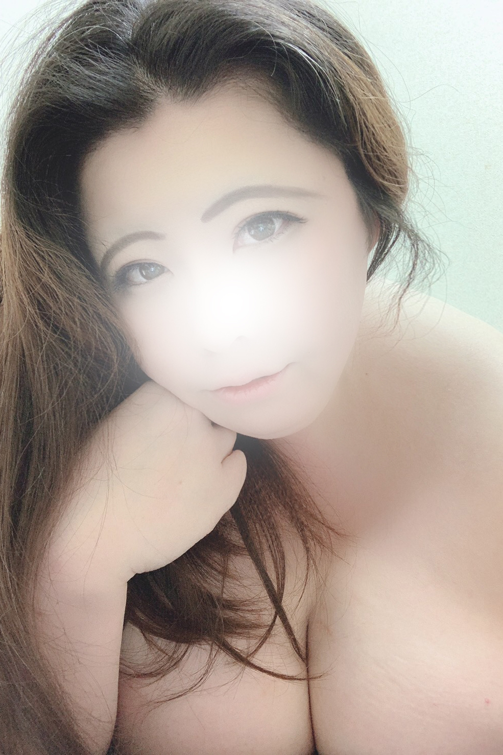 アイサの容姿や雰囲気を確認できる画像