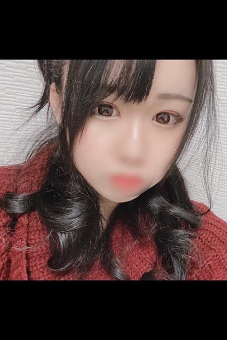 アユの容姿や雰囲気を確認できる画像